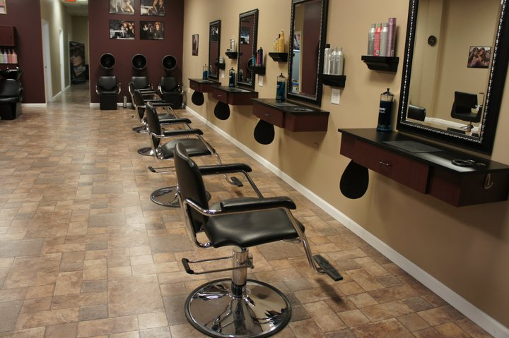 What to Keep in Mind Before Visiting A Hair Salon Near Me for Sew in Weave